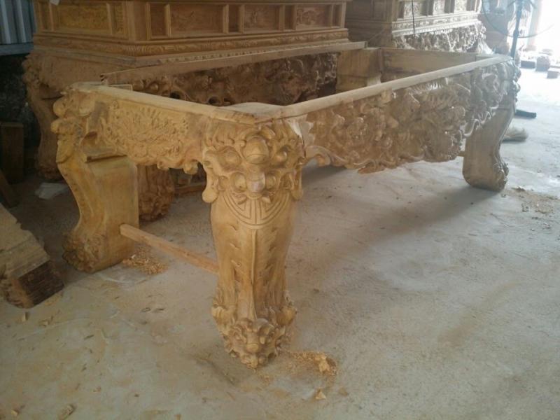 Ban thờ gỗ La Xuyên