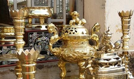 Đồ thờ bằng đồng có độ bền cao