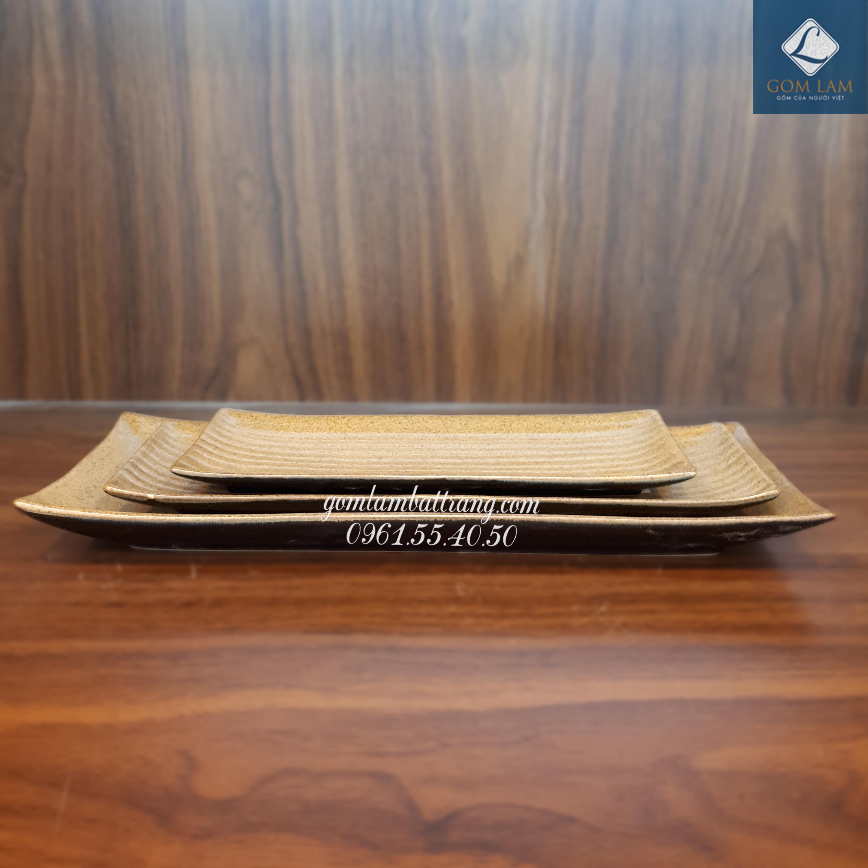 Khay nâu gốm dài 32cm