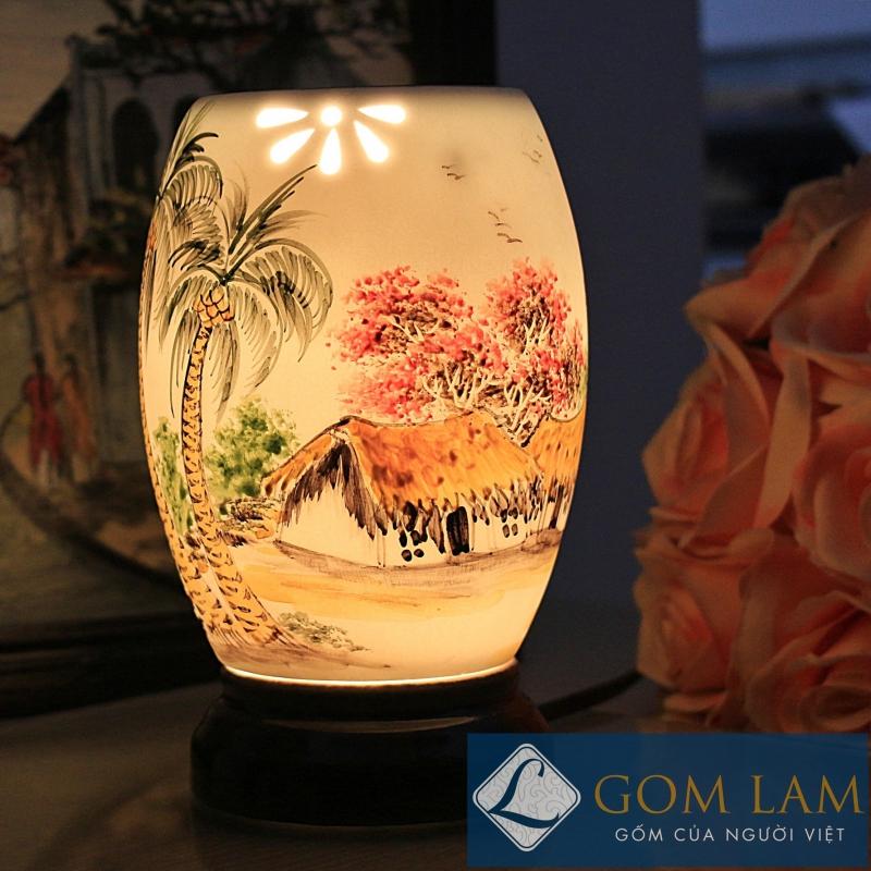 đèn công tinh dầu
